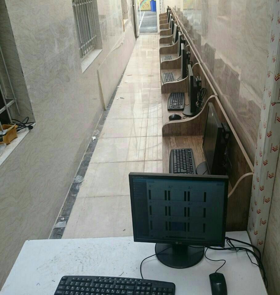 سایت کامپیوتری در کمترین مکان